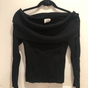 Off the shoulder top - WILFRED